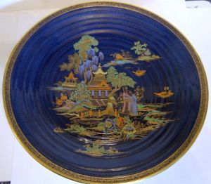 Fieldings Crown Devon Mikado Large Lustre Charger - 1930s